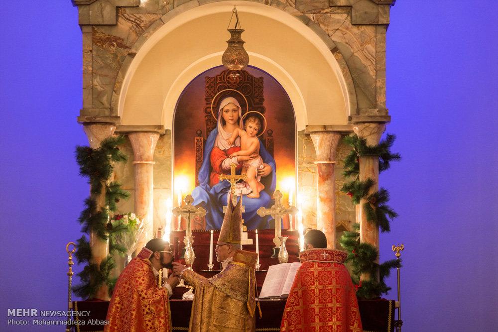 جشن سال نو میلادی در کلیسا سرکیس مقدس تهران