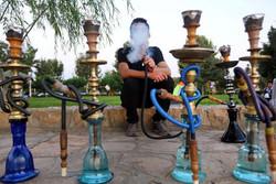 برخورد با عرضه کنندگان مواد دخانی تقلبی و قاچاق