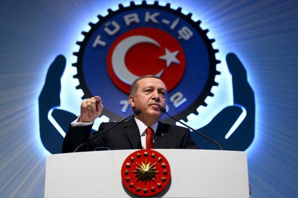 أردوغان يهدد بإرسال مئات آلاف اللاجئين إلى أوروبا