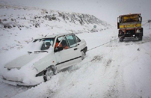 راههای ۹۰ روستا در منطقه الموت در قزوین مسدود شد
