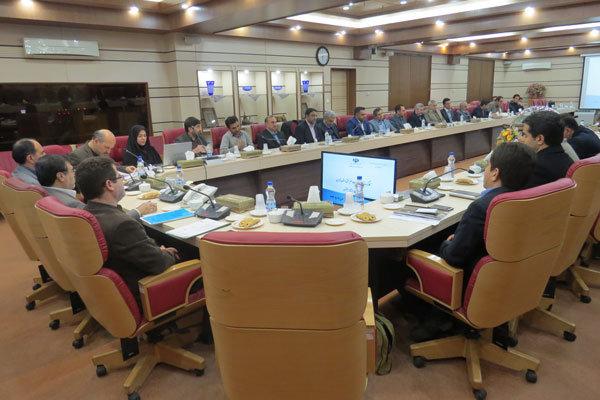 صادرکنندگان استان قزوین خواستار تسهیل در فعالیت تولیدی شدند