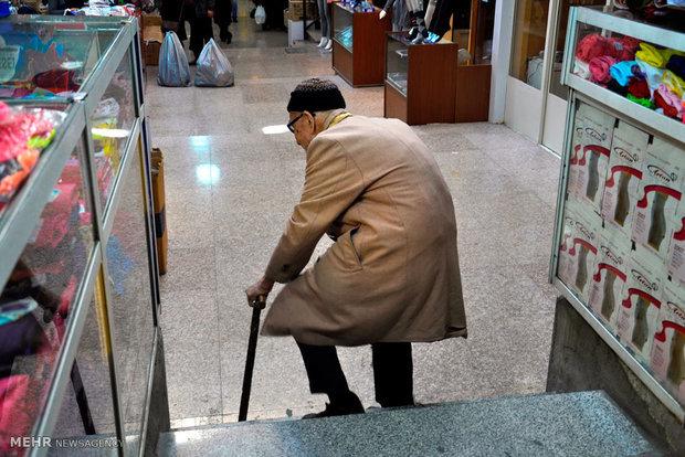 وعده «شکوفایی اقتصادی» رنگ باخت/ بحران در کمین اقتصاد ایران