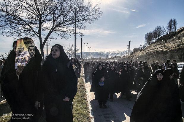 تشییع پیکر نخستین شهید مدافع حرم اراک