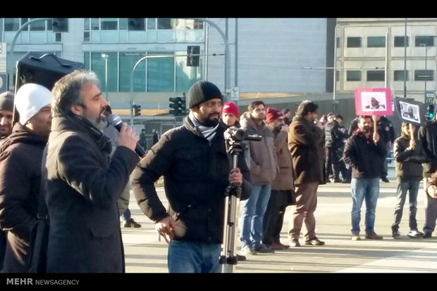 People in Milan protest execution of Sheikh Nimr