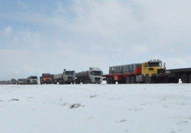 روزانه ۱۴۰۰ تریلر حامل موادخطرناک از جاده های اصفهان تردد می کند