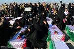 پیکرهای ۵۵ شهید دفاع مقدس وارد خاک کشور شدند