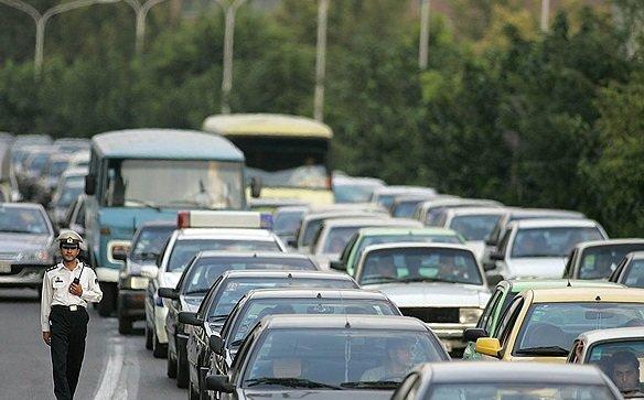 ترافیک درجادههای کرمانشاه سنگین است/تلاش برای روان سازی ترافیک