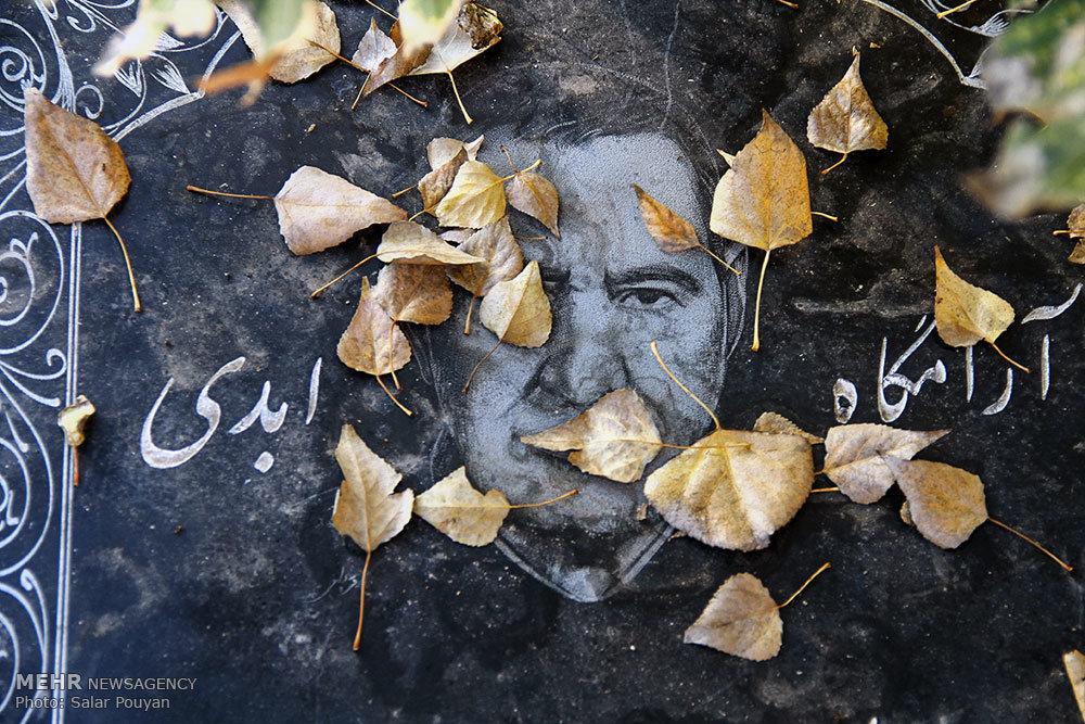 خبرگزاری مهر: هنر حجّاری و چهره نگاری بروی سنگ مزار / عکس: سالار پویان