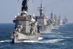 استعراض السفن الحربية للجيش الايراني في الخليج الفارسي وبحر عمان