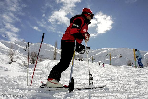 اقامة اول معسكر تدريبي للمعوقين للتزلج على الجليد