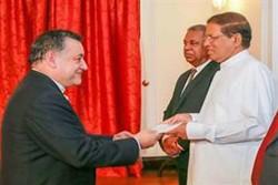 Iran's new ambassador to Sri Lanka submits credentials
