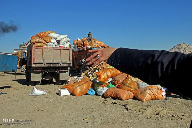 امحای دارو و وسایل بهداشتی و مکمل های غذایی غیرمجاز در سراب