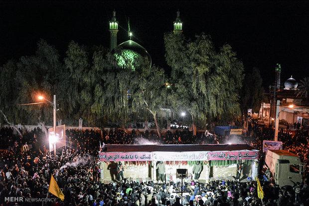 استقبال مردم لارستان از 30 شهید گمنام تازه تفحص شده دفاع مقدس