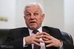 السفير العراقي: الحكومة لديها برنامج لمكافحة العواصف الترابية
