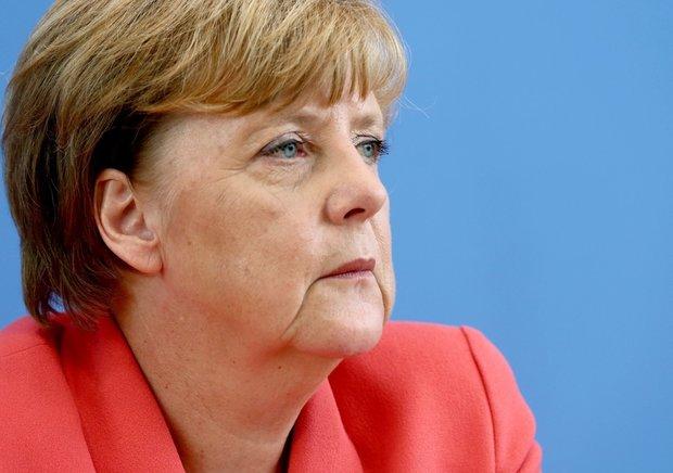 Merkel vows block Turkey's EU membership talks