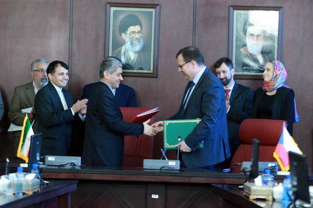 Iran, Czech ink economic MoU