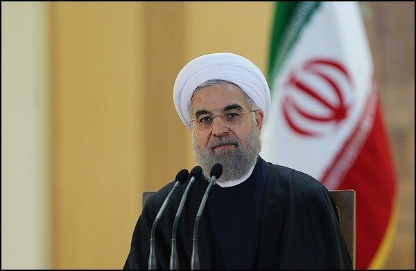 روحاني: نقد القوى الحاكمة يؤدّي إلى تقدّم المجتمع