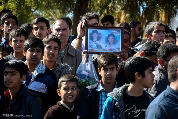 مراسم استقبال و تشییع شهدای گمنام در لارستان فارس