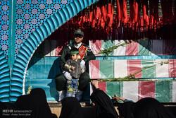 پیکر مطهر ۹ شهید گمنام وارد شیراز شد