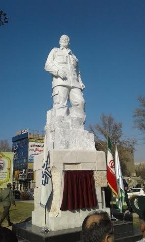 تندیس سردار شهید «کلهر» در میدان فجر شهریار رونمایی شد