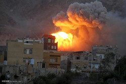 طيران العدوان السعودي يشن 41 غارة على محافظات يمنية