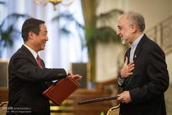 Iran, China signing MoUs to boost bilateral ties