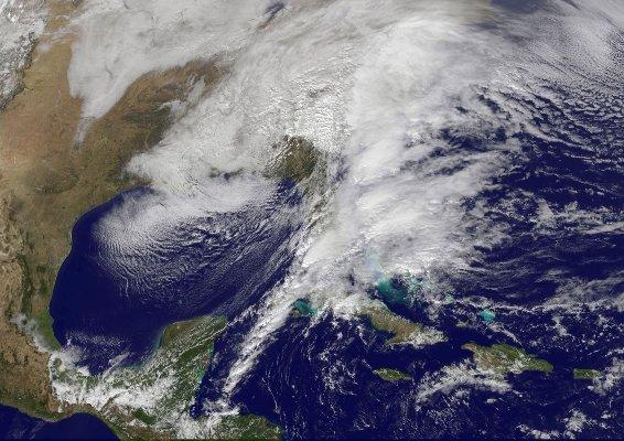 تماشای یخ زدگی آمریکا از فضا