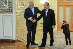 دیدار دون پرامودوینای وزیر امور خارجه تایلند و محمدجواد ظریف وزیر امور خارجه ایران
