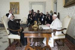 Pope Francis, Rouhani call for attempts to establish peace