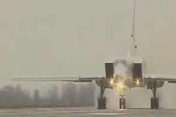 قاذفة استراتيجية روسية تشن غارة على مواقع الارهابيين في سوريا