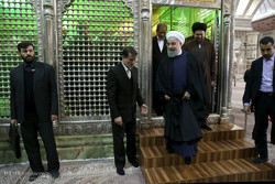 Rouhani, cabinet pay tribute to late Imam Khomeini
