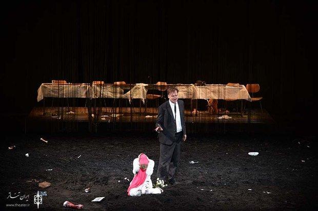 Germany's 'Hamlet' wins Fajr Intl. Theater Fest. Grand Prix