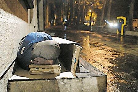 روایتی از شب نشینی کنار کارتن خواب ها