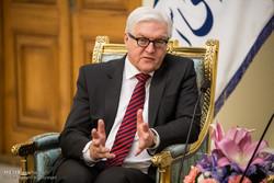شتاينماير يدعو الى التركيز على الحل السياسي للازمات في الشرق الاوسط