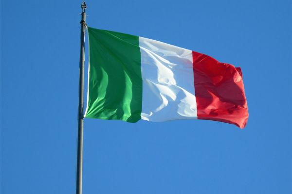 رهبر حزب مخالف دولت ایتالیا خواستار خروج از پیمان شنگن شد