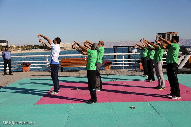 همایش پیاده روی خانوادگی به مناسبت دهه فجر در جزیره کیش