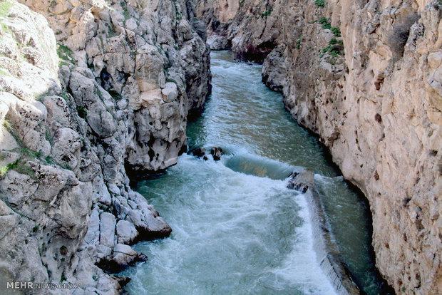 راه اندازی تونل بهشتآباد و کوهرنگ جوابگوی بحران آب نخواهد بود