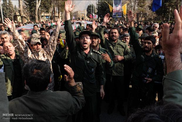 تشییع پیکر سردار شهید قاجاریان و ۵ شهید مدافع حرم
