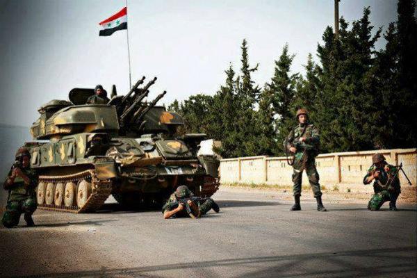 فلم/ شامی فوج کا وہابی دہشت گردوں کے ٹھکانے پر حملہ