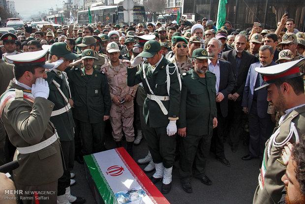مشہد مقدس میں مدافع حرم جنرل شہید قاجاریان کی تشییع جنازہ