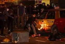 ہانگ کانگ پولیس کی دستی سامان بیچنے والوں سے جھڑپ