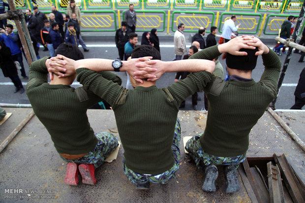 مسيرات ذكرى انتصار الثورة الاسلامية تغطي شوارع طهران
