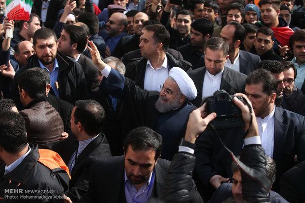 رئیس حضور جمهور در مراسم راهپیمایی یوم الله ۲۲ بهمن