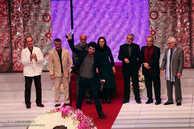عکس فیلم فجر عکس جشنواره فجر عکس برندگان فیلم فجر زنان در فیلم فجر برندگان فیلم فجر برندگان جشنواره فجر بازیگران فیلم فجر اختتامیه فیلم فجر