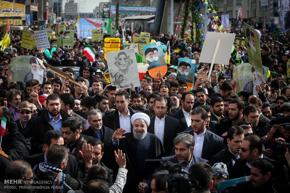سخنرانی رئیس جمهور در مراسم راهپیمایی یوم الله ۲۲ بهمن