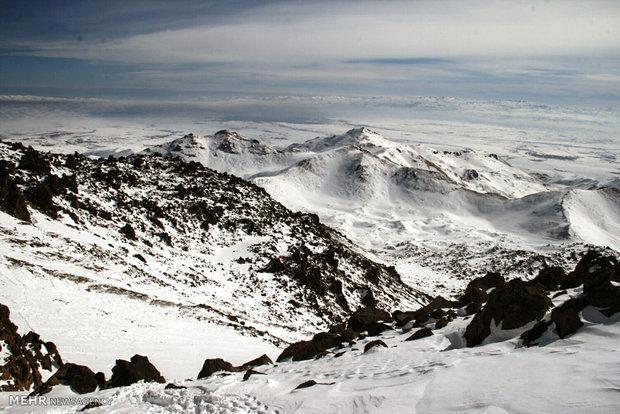 کوهنوردانی از ۱۰ کشور جهان به «سبلان» صعود میکنند