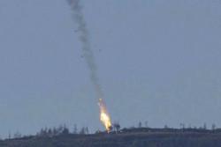 سقوط جنگنده سوری در نزدیکی خان شیخون در ادلب/ از سرنوشت خلبان اثری در دست نیست