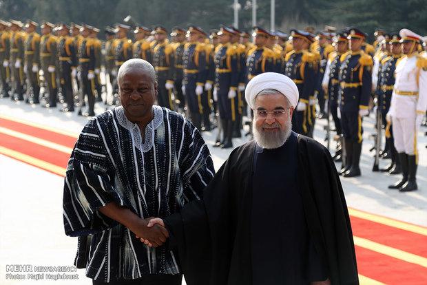 الرئيس روحاني يستقبل رسميا نظيره الغاني