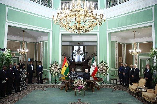 التوقيع على وثيقتي تعاون بين ايران وغانا