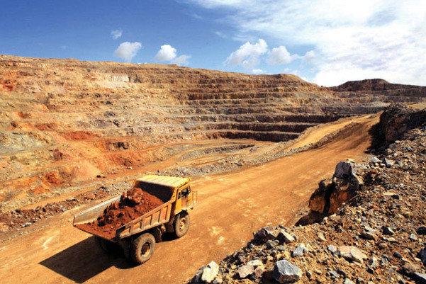 کشف تونلی بزرگ در معدن نمک چهرآباد